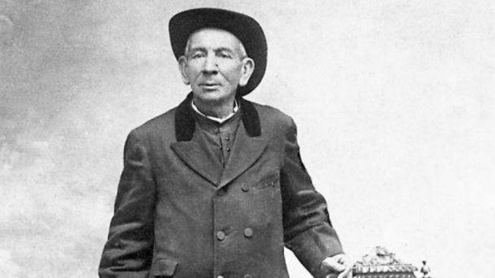 Vida del Santo Cura Brochero y su trascendencia para la Iglesia inspira libro en italiano