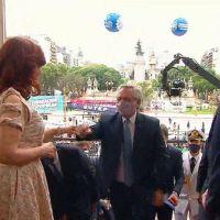 Claudia de Zamora acompañó a Cristina y Massa en la recepción al presidente