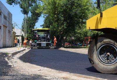 Asfaltaron las únicas dos calles de tierra que quedaban en el Casco Urbano de La Plata