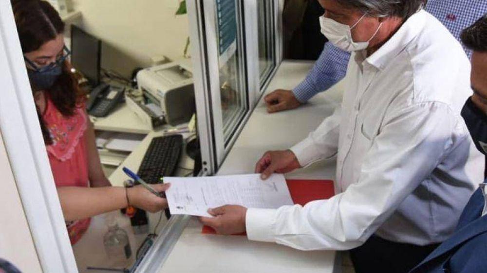 El Gobierno de Mendoza entregó al Senado el listado de 25 mil vacunados contra el coronavirus