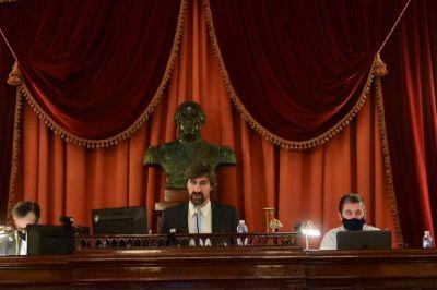 Cayó la sesión en la que se votaba para interpelar a Velázquez