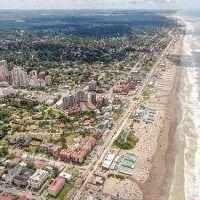 Turismo en Pinamar: En febrero la estadía promedio en sector hotelero no superó las 5 noches