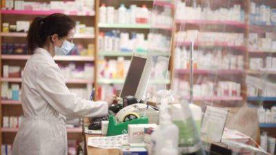 """Trabajadores de farmacia declararon """"estado de alerta y movilización"""" por mejoras salariales"""