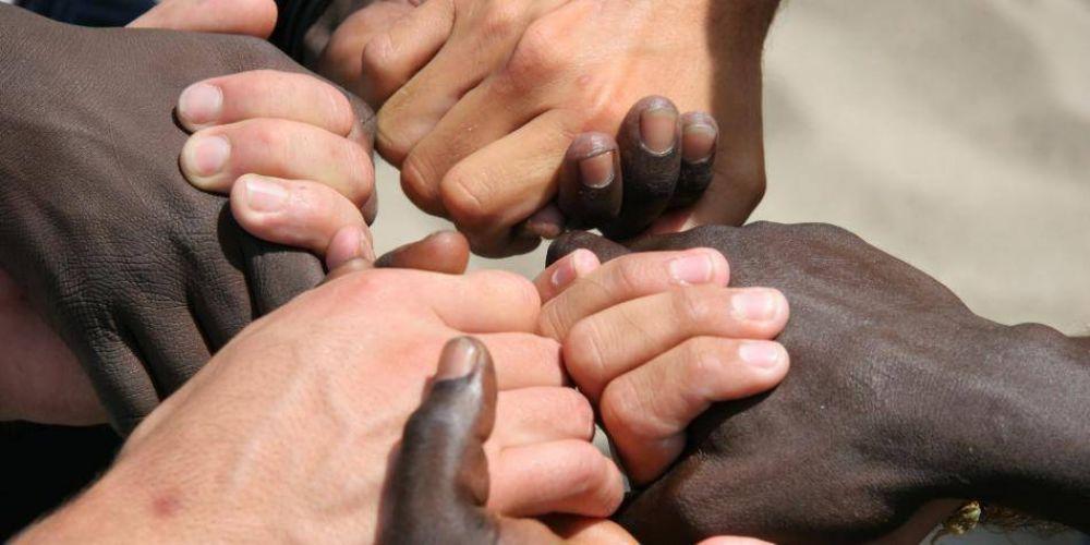 Polémica por 'Teoría crítica de la raza' y 'fragilidad blanca'