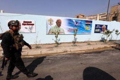 El papa Francisco emprende una histórica visita a Irak en medio de altas medidas de seguridad