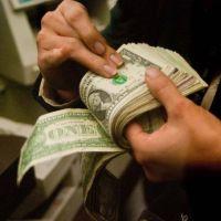 El dólar blue ya cayó un 26% desde su récord histórico