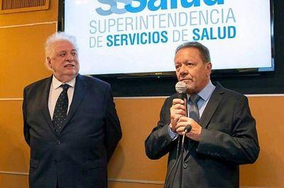 El hombre de Ginés González García y de la CGT que resiste en Salud