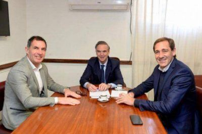 Pichetto y Garro se instalan como candidatos y pintan el Conurbano sur