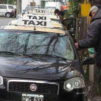"""Taxistas y remiseros se reunieron con las nuevas autoridades policiales """"ante el creciente aumento de los asaltos"""""""