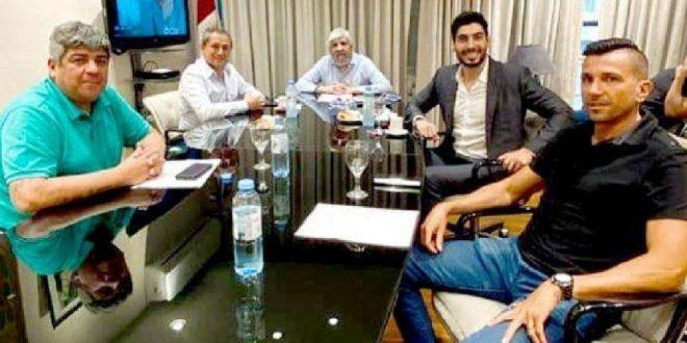 Los Moyano se reunieron con Sasia, quien podría aportar los votos que los dirigentes camioneros necesitan para recuperar el control de la CGT