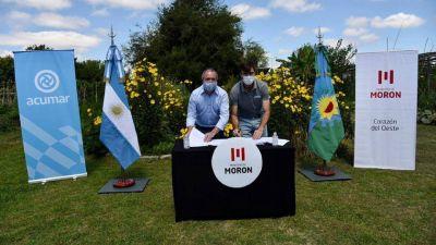 Morón y ACUMAR firmaron un convenio para fortalecer la agroecología