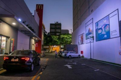 """Coca-Cola Argentina, McDonald's y la Asociación Amigos del Museo Nacional de Bellas Artes presentan """"Museo en Movimiento"""", una propuesta de arte para todos"""