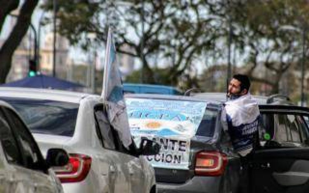 Ezeiza: Paro de conductores de personal aeronáutico
