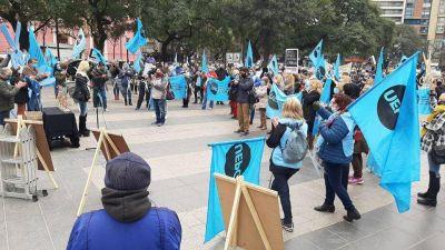 Docentes de Córdoba esperan que la propuesta salarial se acerque al 35%