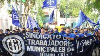 Trabajadores municipales volvieron a manifestarse por la falta de acuerdo en la paritaria
