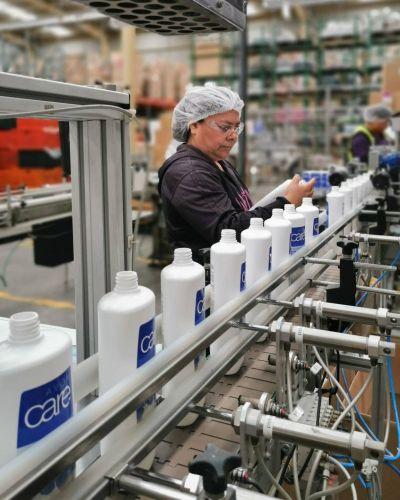 Las mujeres ocupan apenas el 20% de los puestos de trabajo de la industria formal