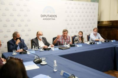 Máximo recibió a la Corriente Federal, el espacio gremial con más representantes en el recinto, y cerró el apoyo a la reforma de Ganancias