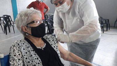 Con 102 años, una riocuartense es la vacunada más longeva de la provincia