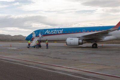 Tras las gestiones de Luque, Aerolíneas Argentinas volvió a unir Comodoro con Neuquén