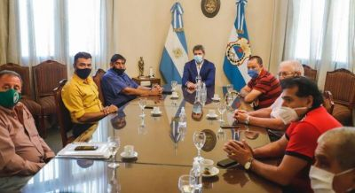 Uñac se reunió con representantes de gremios de San Juan