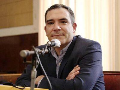 """Concejales aprobaron el Programa """"Crédito Jóven"""" impulsado por el edil Agustín Neme"""