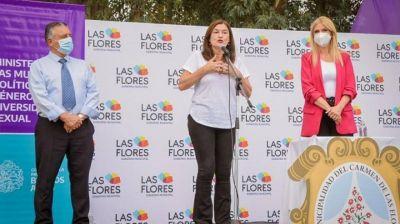 Verónica Magario y Estela Díaz visitaron Las Flores