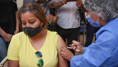 Tras la vacunación contra el COVID, sugieren esperar 14 días para aplicar la antigripal