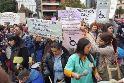 Transportitas de personas con discapacidad convocan a una movilización