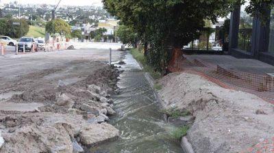 Córdoba: municipalidad deriva aguas cloacales al río