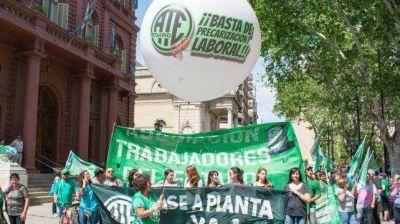 Santa Fe: Contundente manifestación contra el acuerdo paritario de empleados públicos