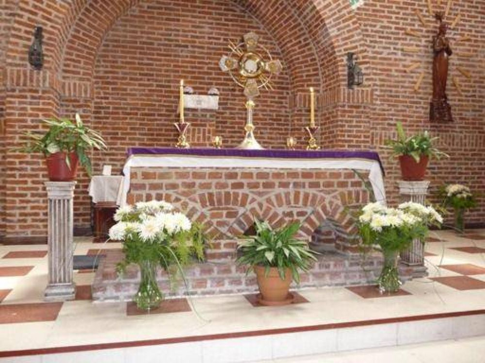 Horarios de Semana Santa en la Comunidad San Pablo Apóstol y Luján de Avellaneda