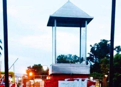 Tras hecho vandálico, la imagen de la Virgen de Luján es custodiada por la comuna