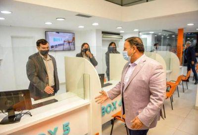 El gobernador Ricardo Quintela inauguró salón de atención al público de APOS