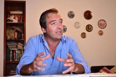 """Soria: """"Cristina quiere que sea la misma justicia que la acusó injustamente la que la libere de culpa y cargo"""""""