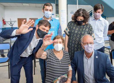 Kicillof y Vizzotti visitaron un operativo de vacunación en José C. Paz