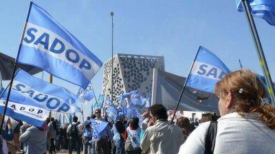 Sadop rechazó la oferta de aumento salarial del Gobierno provincial