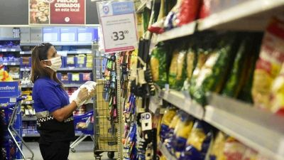 Se tensa la relación con los empresarios por el nuevo monitoreo de precios del Gobierno