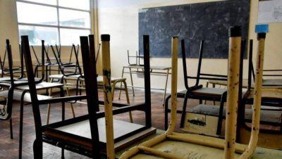 Sin clases: denuncian que hay casi 300 escuelas cerradas por falta de obras