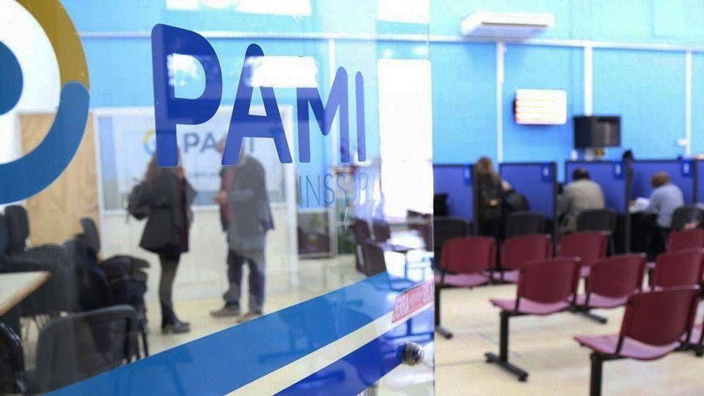 Confusión y protestas en PAMI por las nuevas internaciones domiciliarias