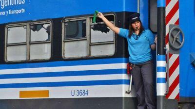 Incorporarán a mujeres en las áreas operativas de trenes de carga