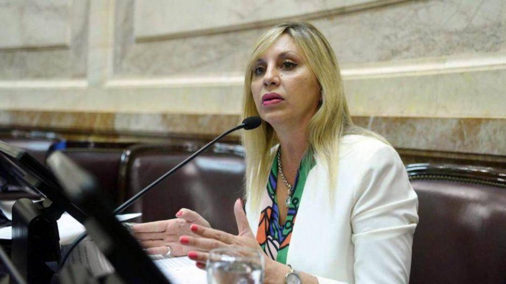 Cristina acelera una ley para garantizar las primarias en agosto