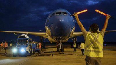 Llega esta tarde el avión de Aerolíneas que trae un nuevo cargamento de vacunas