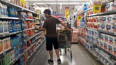 La concentración de marcas en supermercados impulsa la inflación: cómo funciona la Ley de Góndolas