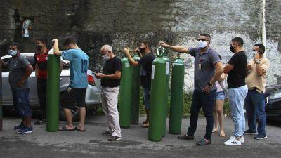 Brasil flexibiliza la regulación para evitar que se acabe el oxígeno