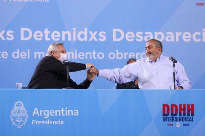 Fernández se mostró con Daer y cerró un acto en homenaje a trabajadores detenidos-desaparecidos
