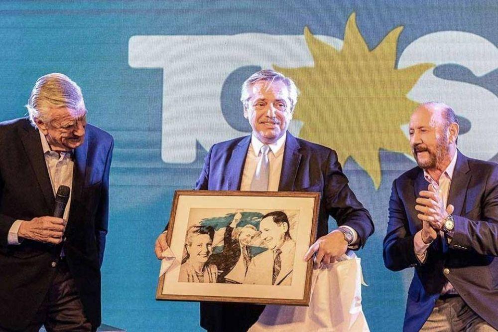 Alberto Fernández asume la presidencia del PJ