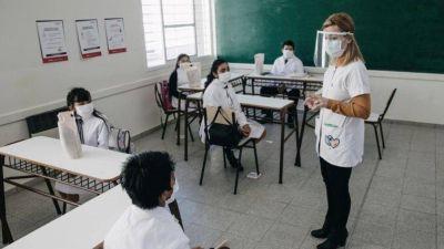 La Uepc pidió a la Provincia acelerar el ritmo de vacunación de docentes