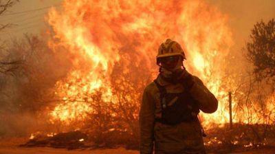 Córdoba: bomberos voluntarios se declaran en alerta y deliberación