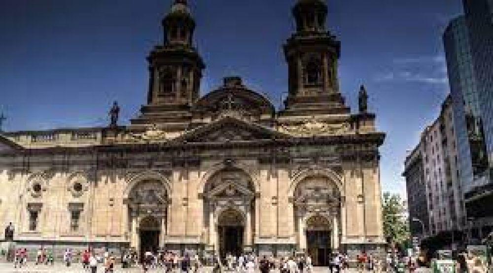Arquidiócesis de Santiago de Chile anuncia la creación de dos nuevas vicarías