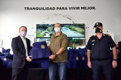 """Berni: """"la seguridad comienza a construirse en los barrios"""""""